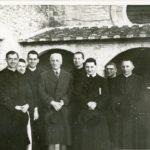 Allievi del 1943 con il Professor JOSI ad Assisi